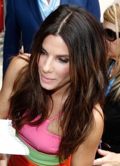 What color is sandra bullock hair in miss congeniality