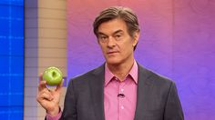 Dr. Oz Explains Genetically Modified Apples: Dr. Oz shares the facts behind the genetically modified apples that won't turn brown.