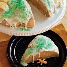 Traditional Mardi Gras King Cakes are classic for a reason. This cake is sweet, comforting, and perfect for Mardi Gras.