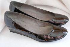 STUART WEITZMAN Wedge Croc Black Patent Leather Shoes Pumps Size 9