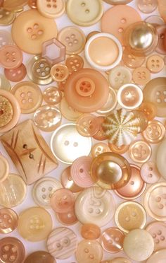 Vintage Peaches and Cream Buttons