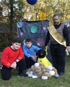 Star Trek Halloween #parkforesthalloween Halloween Themes, Star Trek, Stars, Sterne, Star