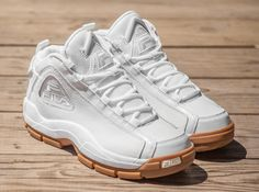 Mens Shoes Boots, Men's Shoes, Shoe Boots, Shoes Sneakers, Grant Hill Fila Shoes, Design Nike Shoes, Chunky Sneakers, White Shoes, Shoe Game