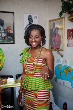 I Do Ghana   Bride: Stephanie   Photos: New Genn Photography   Kente Bride