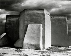 San Francisco de Asís Mission Church in New Mexico ~ Paul Strand HACER MAQUETAS USAR VIEJAS