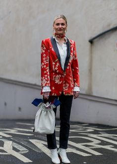 The Fashion Crowd Hit the Streets of London in Style