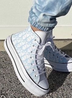 Dr Shoes, Cute Nike Shoes, Swag Shoes, Cute Nikes, Cute Sneakers, Nike Air Shoes, Hype Shoes, Shoes Sneakers, Mode Converse