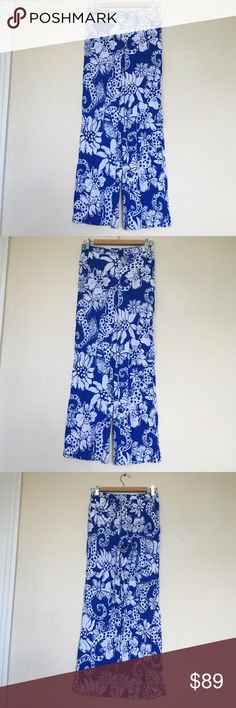 Lilly Pulitzer Blue & White Palazzo Pants Sz XS ❌NO TRADES❌  - Lilly Pulitzer Blue & White Palazzo Pants Sz XS  - Bright Blue & White Seahorse & Flower Patterned Pants  - Approx. 28'' inseam, 35'' total length  - 100% Rayonne; unlined  - Great used condition.Minor pilling. Lilly Pulitzer Pants