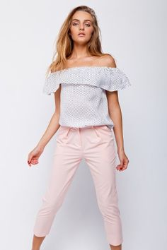 Штапельная блуза с воланами