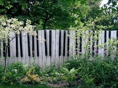 Piano fence. Okay, I'm not going to do this, but I love that someone did.