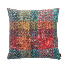 Discover the Missoni Home Simba Cushion - 100 - at Amara Linen Pillows, Decorative Pillows, Throw Pillows, Luxury Sofa, Textile Patterns, Textiles, Cushion Fabric, Scatter Cushions, Paisley Pattern