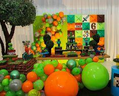Festa Minecraft: 60 ideias e como montar uma festa criativa Minecraft Crafts, Easy Minecraft Houses, Hama Beads Minecraft, Minecraft Bedroom, Minecraft Pixel Art, Minecraft Furniture, Minecraft Skins, Minecraft Buildings, Perler Beads