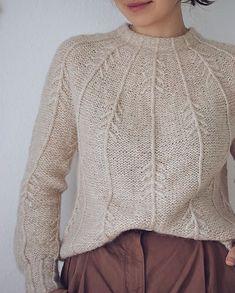 Ravelry: Forest Vibes Sweater pattern by Masha Zyablikova inspiration creative Sweater Knitting Patterns, Knit Patterns, Knitting Sweaters, Blanket Patterns, Sewing Patterns, Pijamas Women, Long Sweaters, Pullover Sweaters, Knitting Projects