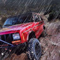 #Jeep Cherokee