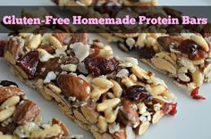 These homemade protein bars are delicious, easy, good for you and easy on the budget.