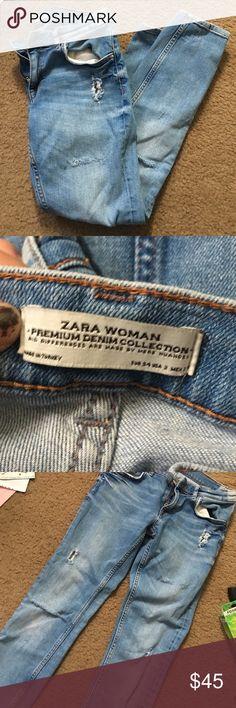Zara Skinny Jeans Gently worn, distressed denim Zara Jeans Skinny