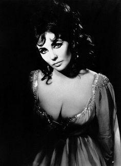 Irene Sharaff - Costumes de Théâtre - Doctor Faustus - Elizabeth Taylor - Hélène de Troie - Oxford University Dramatic Society - 1966