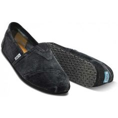 Toms - Mens Classics Stone-Washed Cord in Black (Apparel) groomsmen shoes ? Black with grey vests and jeans or brown with cream colored vests and jeans ? Groomsmen Shoes, Grey Vest, Mens Slippers, Sport Man, Mens Fashion, Fashion Trends, Dapper, Black Shoes, Shoe Boots