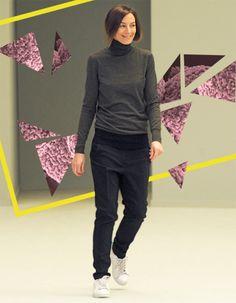 Phoebe Philo, Isabel Marant, Victoria Beckham… Elles nous habillent de la tête aux pieds et dictent les tendances à venir. Mais à l'inverse de leurs collections, leurs looks ne sont pas toujours étudiés. Minimaliste, boho-chic ou arty, on a décrypté pour vous l'allure de ces visionnaires du style. http://www.elle.fr/Mode/Dossiers-mode/Comment-s-habillent-les-creatrices-de-mode