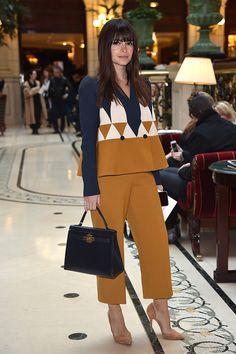 Miroslava Duma y un conjunto ideal para el desfile de Balmain otoño-invierno 2015 durante Paris Fashion Week.