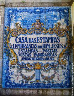 Bom Jesus do Monte en Braga, Portugal Portuguese Culture, Portuguese Tiles, Gothic Cathedral, Renaissance Era, Fabric Journals, Most Beautiful Cities, Beautiful Images, Iron Work, Medieval Castle