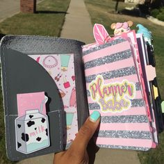 My icing foxy fix set up #foxyfix #travelersnotebook #chicsparrow #plannergirl #organizedwithtiesha