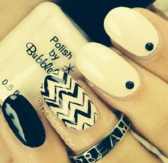 Black and white nails for the big gurls :)