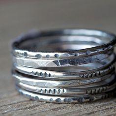 Rustico con texture accatastamento anelli argento di 36ten su Etsy