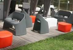 Banquette AMELIE design Italo Pertichini Slide en polypropylène pour l'extérieur chez Ambiance de Thaly Guadeloupe et Saint-Martin