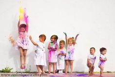 This would definitely keep kids entertained during photo shoot! Lovin it :) Photography Outfits, Lifestyle Photography, Photography Ideas, Picture Ideas, Photo Ideas, Color Dust, Family Pictures, Great Photos, Utah