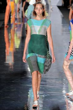 Issey Miyake S2013 ready-to-wear