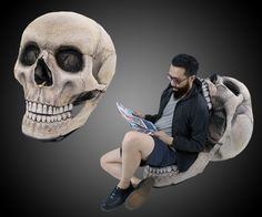 The Skull Chair | DudeIWantThat.com