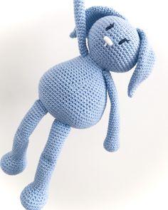 Karlas sleeve til iPad Crochet Toys, Crochet Baby, Knit Crochet, Baby Knitting Patterns, Crochet Patterns, Knitted Animals, Diy Baby, Chrochet, Needlework