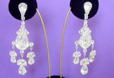 JE 09 Crystal Chandelier Earrings made with Swarovski rhinestones