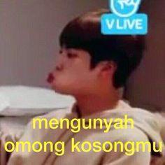 Read Kumpulan meme BTS from the story Kumpulan Meme BTS by (Bayu Agustian) with reads. Bts Memes Hilarious, Exo Memes, Funny Relatable Memes, K Meme, Bts Meme Faces, Drama Memes, Cartoon Jokes, Bts And Exo, Jokes Quotes