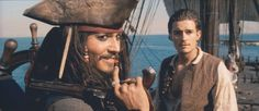 Still of Johnny Depp and Orlando Bloom in Pirates of the Caribbean: The Curse of the Black Pearl