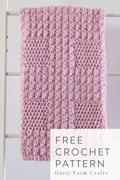 Free Crochet Pattern - Bernat Textured Baby Blanket I really enjoyed using Bernat Softee Baby Chunky for this project. As Daisy Farm Crafts is sponsored in 2019 by… Crochet Afghans, Afghan Crochet Patterns, Baby Blanket Crochet, Knitting Patterns, Crochet Blankets, Bernat Baby Blanket, Baby Blankets, Crochet Daisy, Manta Crochet