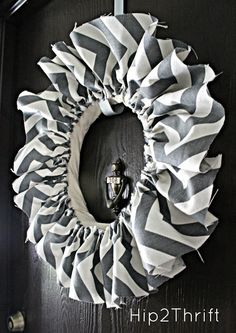 Chevron Wreath {Tutorial} - simple and fast idea and with all the fabric choices there's endless wreath possibilities