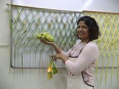 Leaf Manipulation workshop making a leaf trellis as part of wall or backdrop decor.