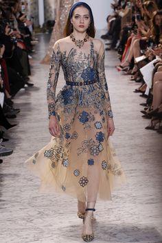 Défilé Elie Saab Haute couture printemps-été 2017 Femme