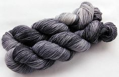 Handpainted Knitting Yarn,Sock Yarn, 75 Wool  superwash, 25 Nylon 100g 3.5 oz.  Nr. 923