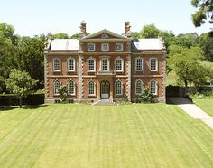 Kingston Bagpuize House and Gardens, Oxfordshire | Weddings | Corporate Events | Private Functions