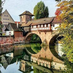 Beautiful Nuremberg, the second largest city of Bavaria, Germany 🇩🇪️ Mooie Neurenberg, de tweede grootste stad van Beieren, Duitsland 🇩🇪️ Cool Places To Visit, Places To Travel, Places Around The World, Around The Worlds, Voyage Europe, Travel And Leisure, Travel Abroad, Romantic Travel, Germany Travel