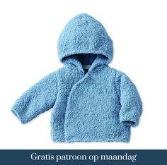 Gratis patroon op maandag - Breipatroon Vest met capuchon. Ontvang ieder maandag het gratis patroon en een leuke aanbieding van het garen. Baby Clothes Patterns, Baby Knitting Patterns, Clothing Patterns, Knitting Ideas, Baby Kind, Baby Love, Baby Outfits, Granny Dolls, Brei Baby