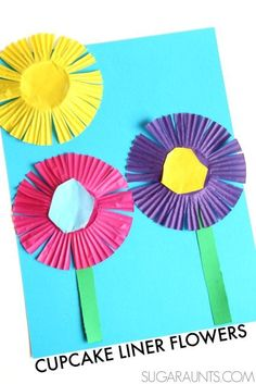 Make a spring flower craft and practice scissor skills with kids using cupcake liners. #artsandcrafts
