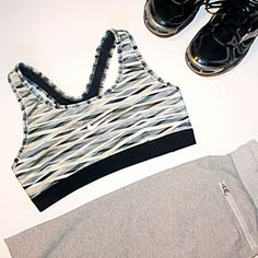 Sports Bras Confident Nike Sports Bra Zebra Print 36o Degree Support Size Xs Crazy Price Clothing, Shoes & Accessories