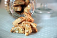 Cantuccini - crunchy and yummy