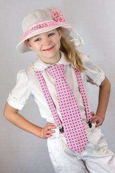 Little girl wearing necktie knot