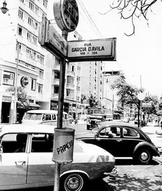 Ipanema, anos 70 https://www.facebook.com/Guarantiga/photos/a.490233921007939.115673.490210317676966/1078655212165804/?type=3&theater
