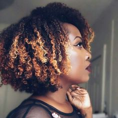 Get into cut & color! Pelo Natural, Natural Hair Tips, Natural Hair Inspiration, Natural Hair Journey, Natural Hair Styles, Natural Curls, My Hairstyle, Afro Hairstyles, Pelo Afro